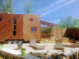 TINY HOUSE & SPA